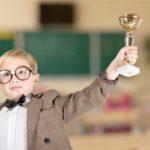 5 pomysłów, czym zastąpić nagrody i pochwały w wychowaniu dziecka