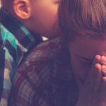 Wyrzuty sumienia matki – czy da się ich pozbyć?